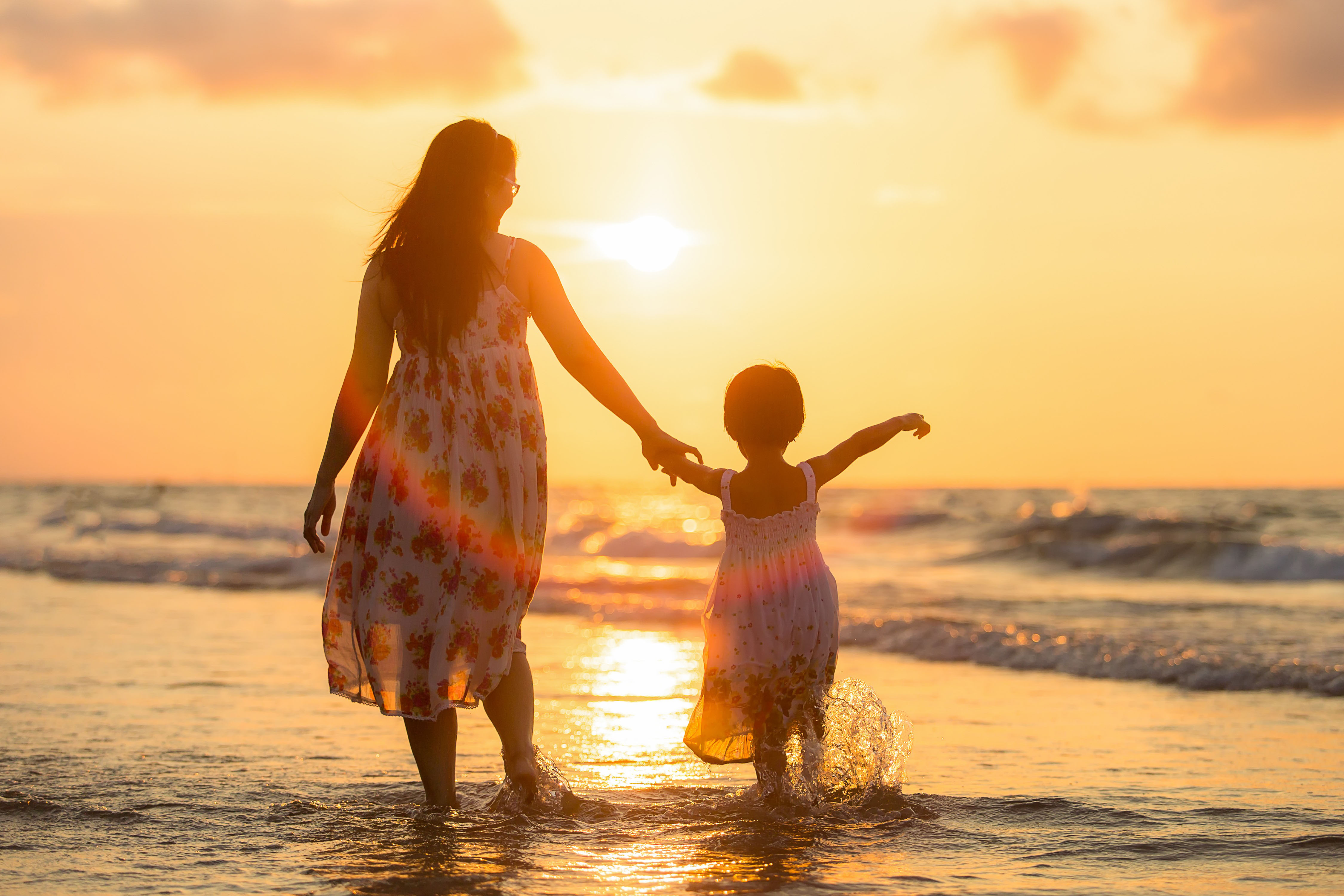 Family love, mother, beach, young, feeling