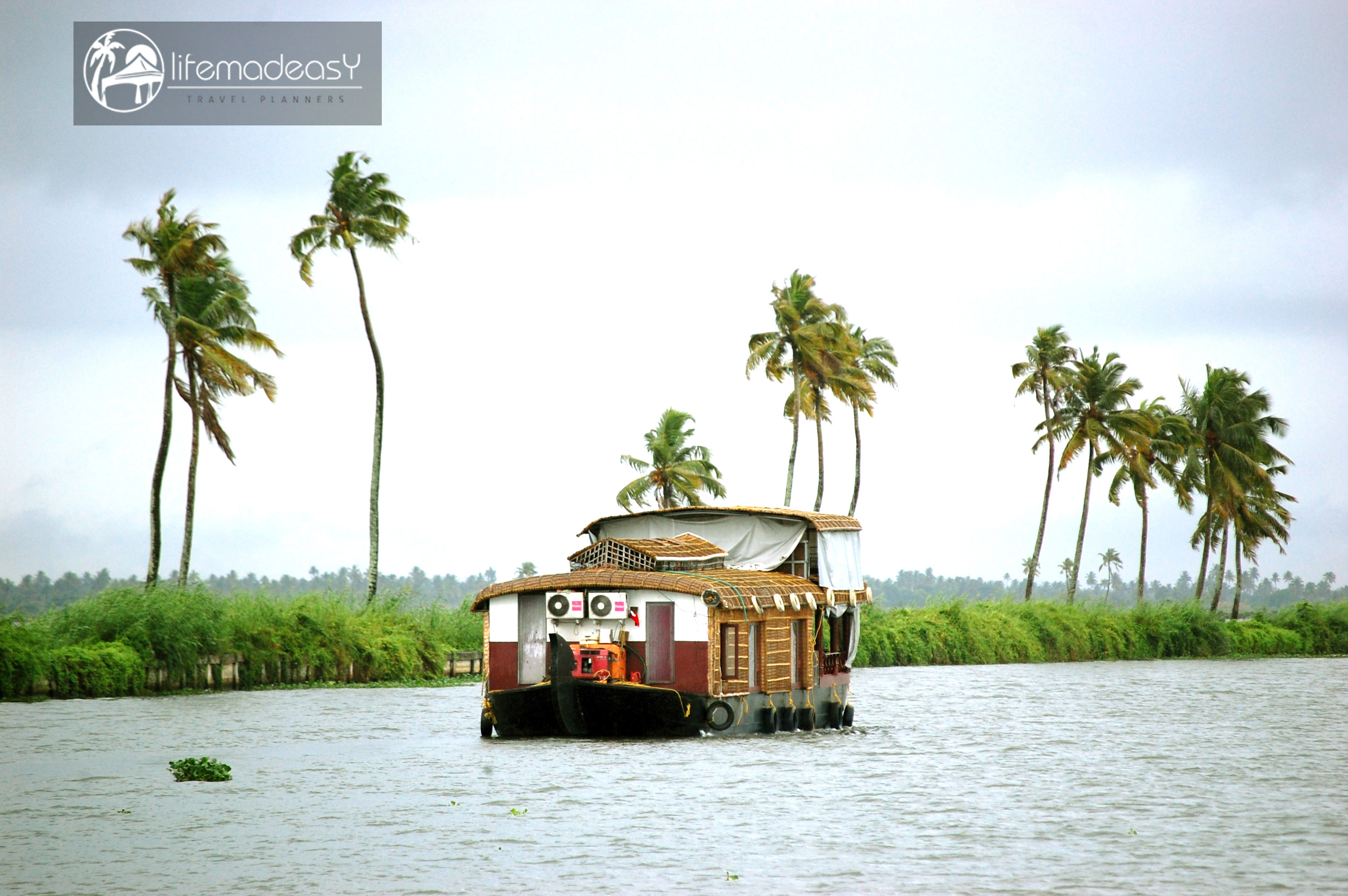 Kerala backwater honeymoon packages