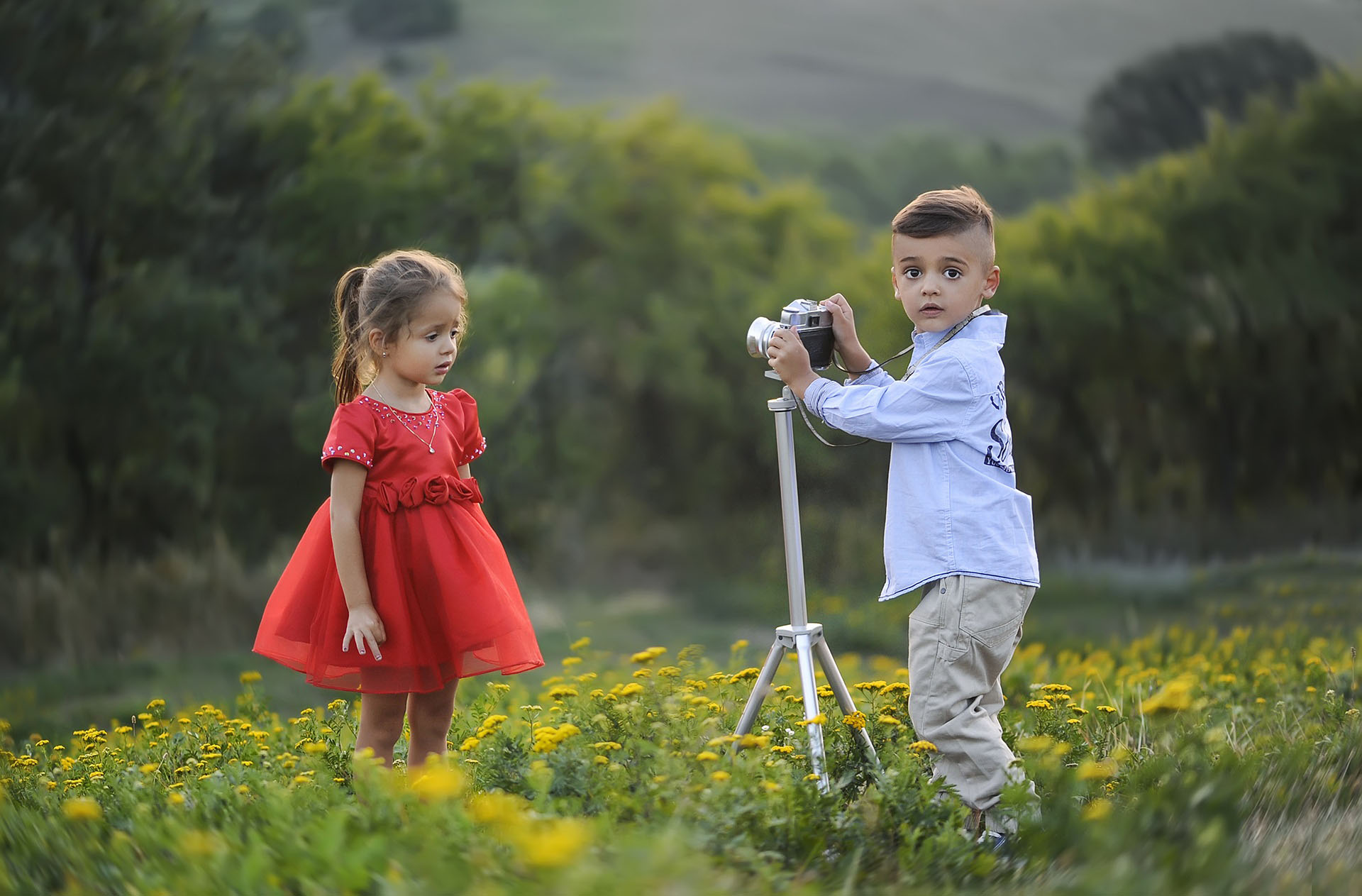 photographer, posing, child, sister,